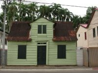 Paramaribo 38 - small wooden house