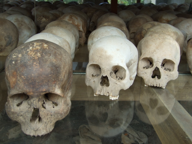 Choeung Ek Killing Fields 06 - skulls