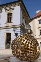 Brno 15 - golden egg sculpture