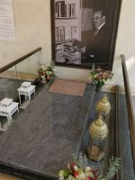Trinity Cathedral 15 - Meles Zenawi tomb
