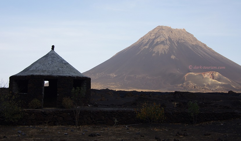 08 12 2015   cone shaped house and volcanic cones, Fogo, Cape Verde