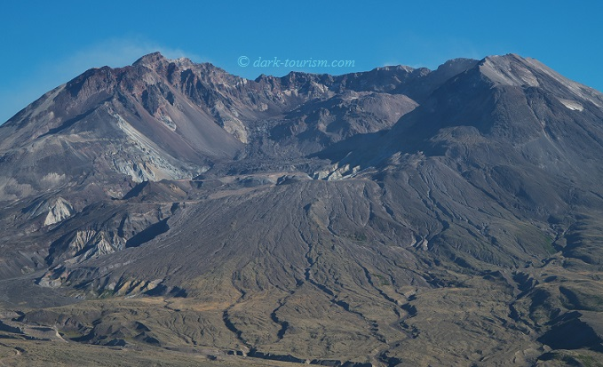 21 08 2015   Mount St Helens, lava dome and crater glacier today
