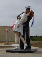 Caen Memorial 02 - famous end-of-war image