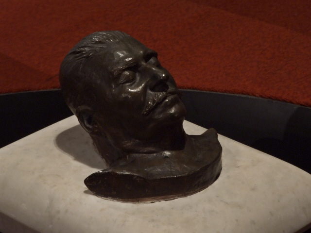Stalin Museum 11 - death mask