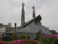 Nagasaki 20 - nearby modern church with Gaudi-like spires