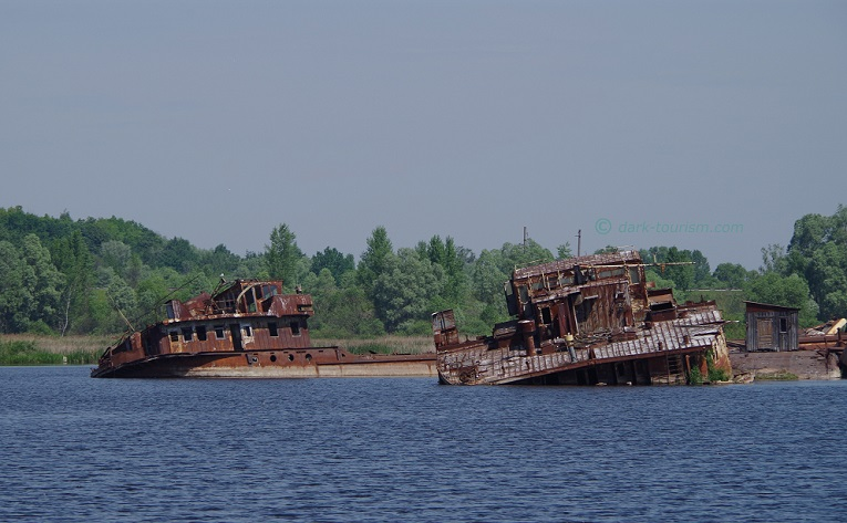 23 03 17   rusting wrecks, Chernobyl exclusion zone