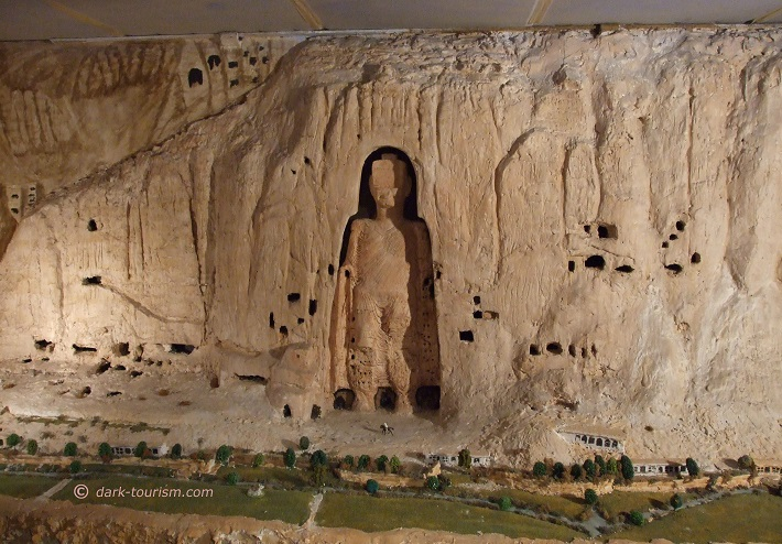 12 03 2018   lovingly made model of the Buddhas of Bamiyan, Afghanistan Museum Hamburg