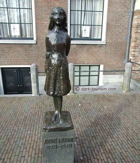 12 06 2018   birthday of Anne Frank, statue in Amsterdam