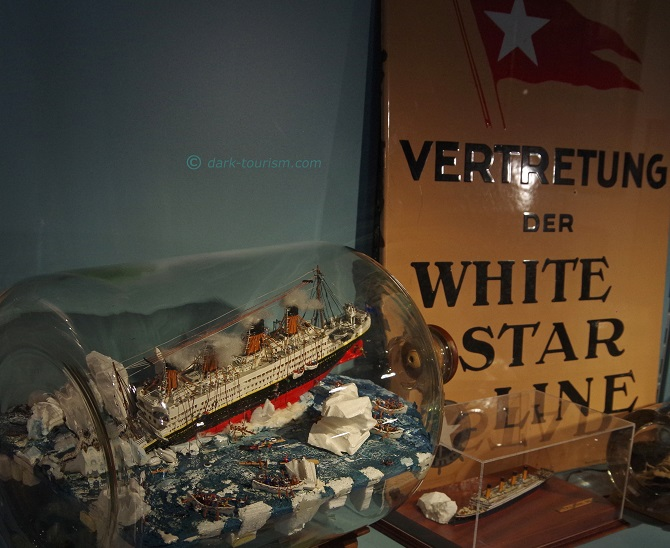 15 04 2018   model of the sinking Titanic at the shipwreck museum Cuxhaven