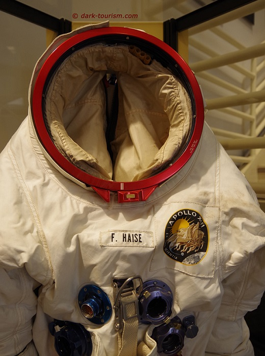 17 04 2018   space suit worn by Apollo 13 astronaut
