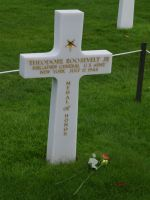 D-Day Tour 31 - well-known soldier