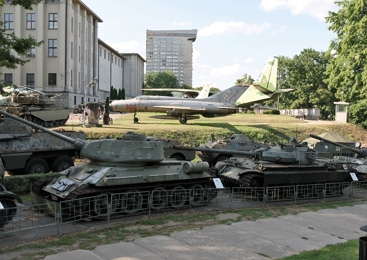 Polish military museum 9b   tanks and planes